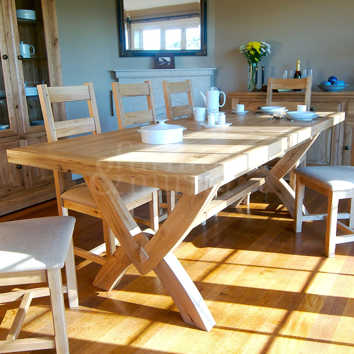 Fresno Oxbow Extending Table Furniture And Mirror