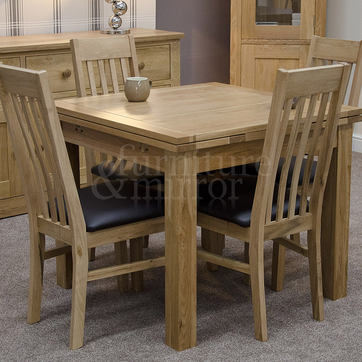 Oregon small drawleaf dining table furniture and mirror