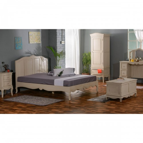 Chantilly Bedroom